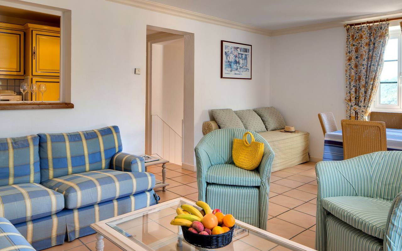 Bright lounge in hotel roussillon