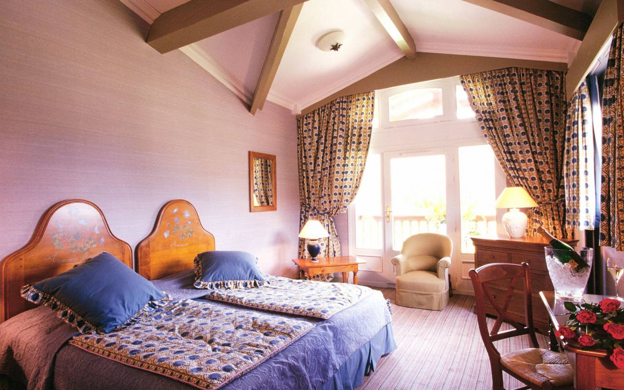 Comfortable room in a Languedoc Roussillon hotel residence