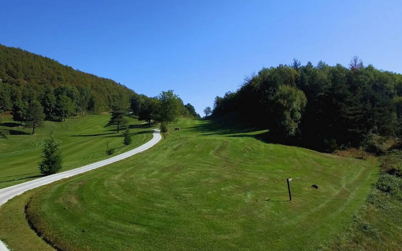 Hole 7 golf ceret