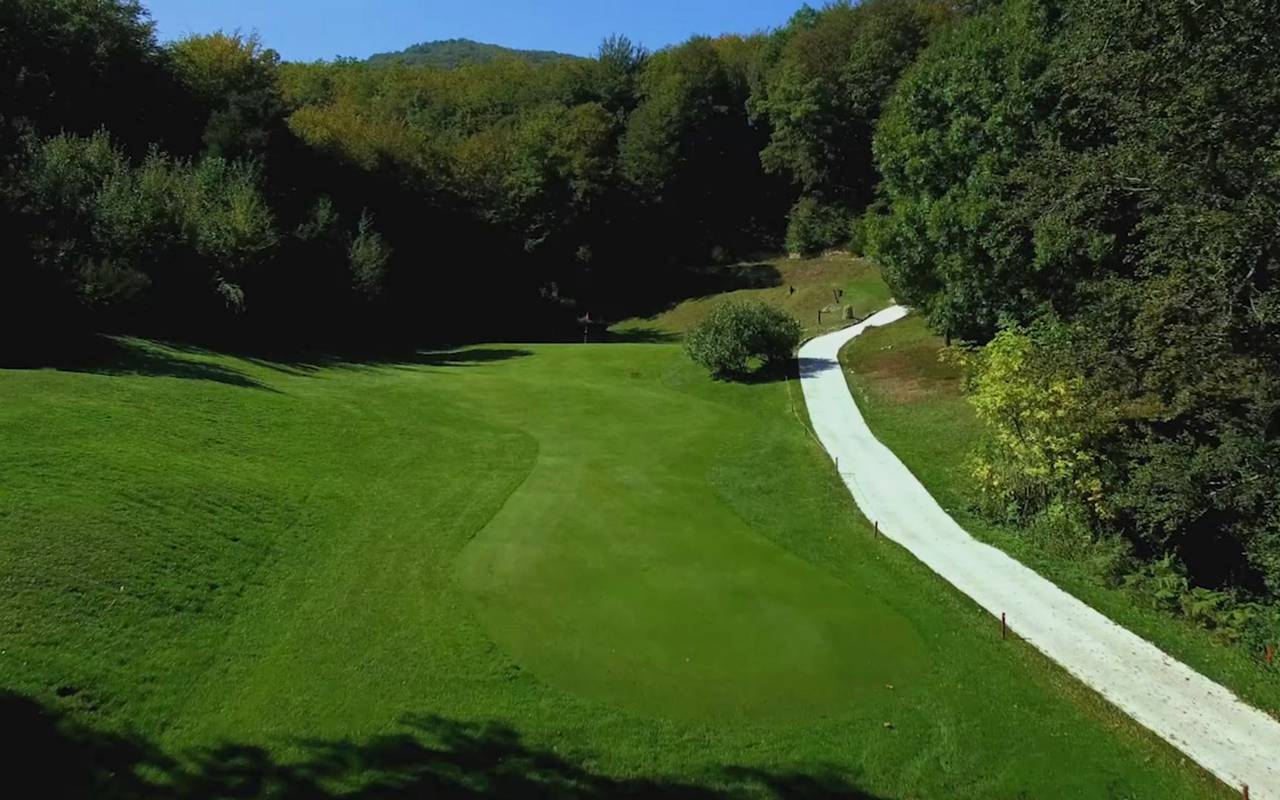 Hoyo 15 campo de golf Pirineos Orientales