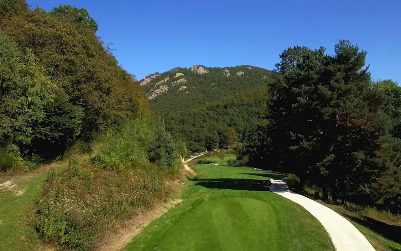 Hole 16 Languedoc Roussillon golf course