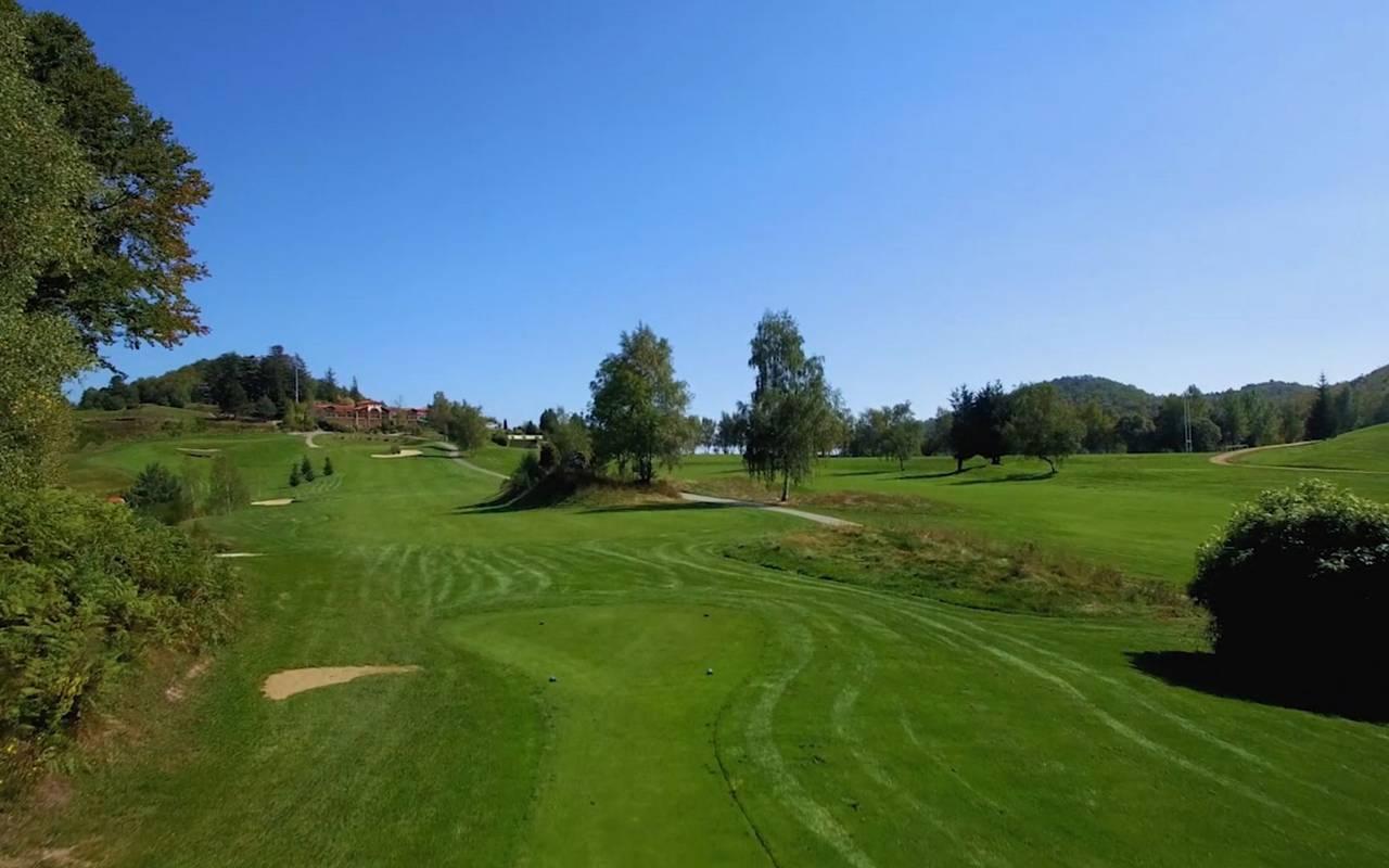 Hole 18 golf company occitanie