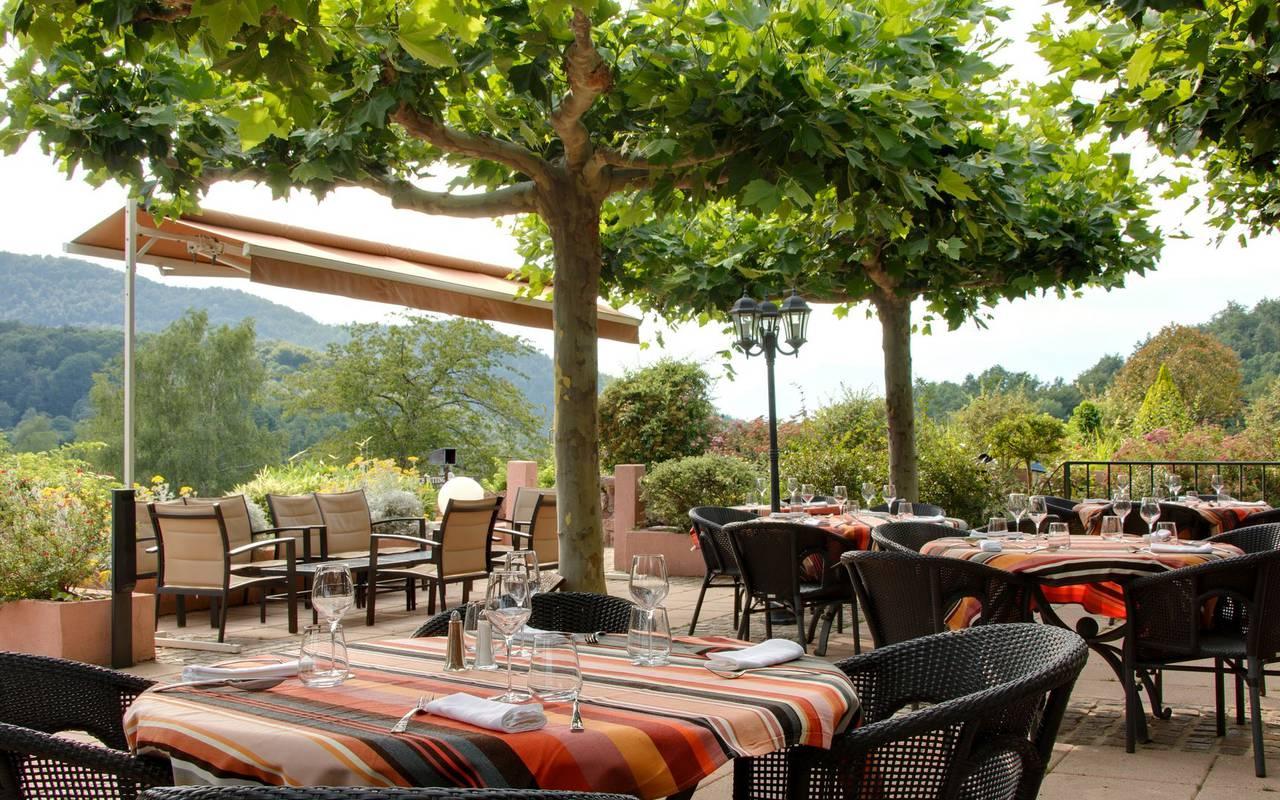 Occitan spa weekend terrace