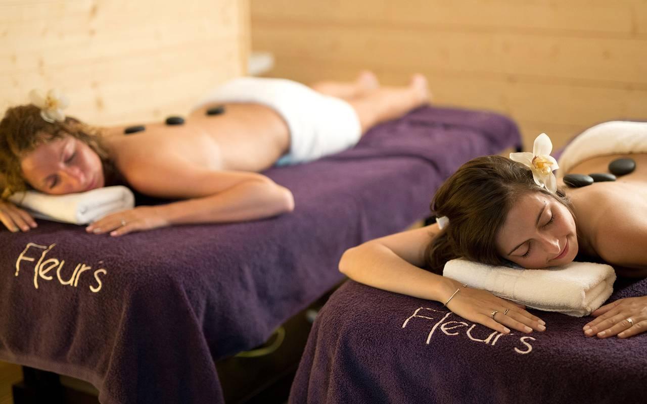 Pyrenees spa hotel masajes