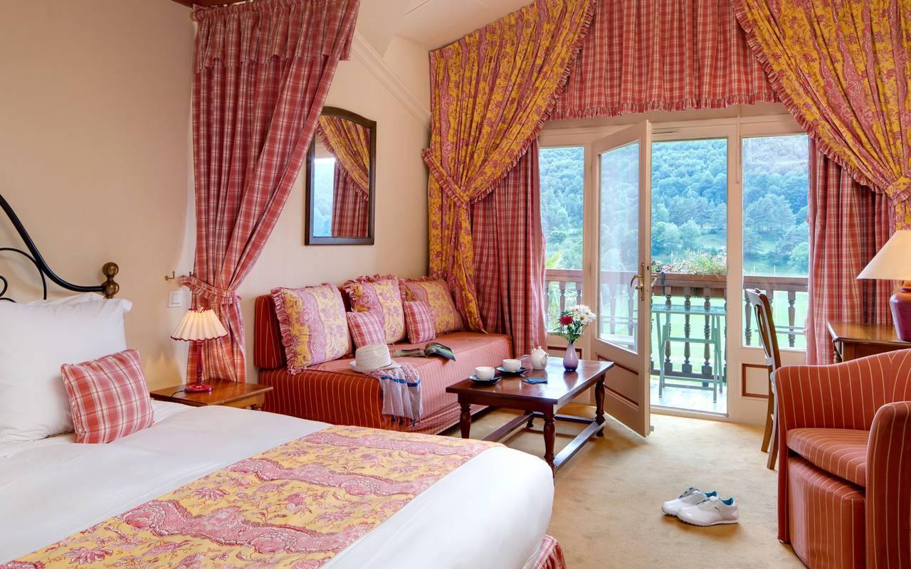 Chambre lumineuse hôtel languedoc roussillon