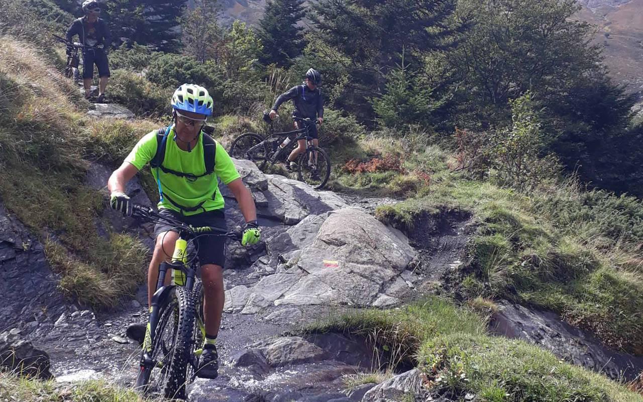 Balade à vélo vacances ceret